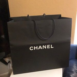 Jumbo Chanel Bag